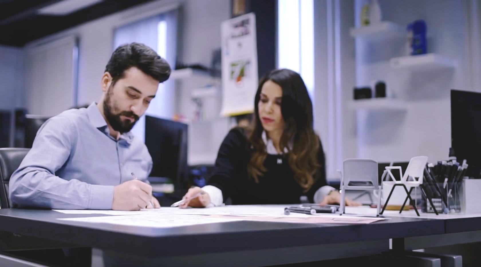 Müşterileriyle bir ekip halinde çalışan Arman Tasarım görseli